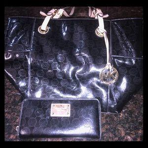 MK Purse black shiny Tote bag & Wallet (used)